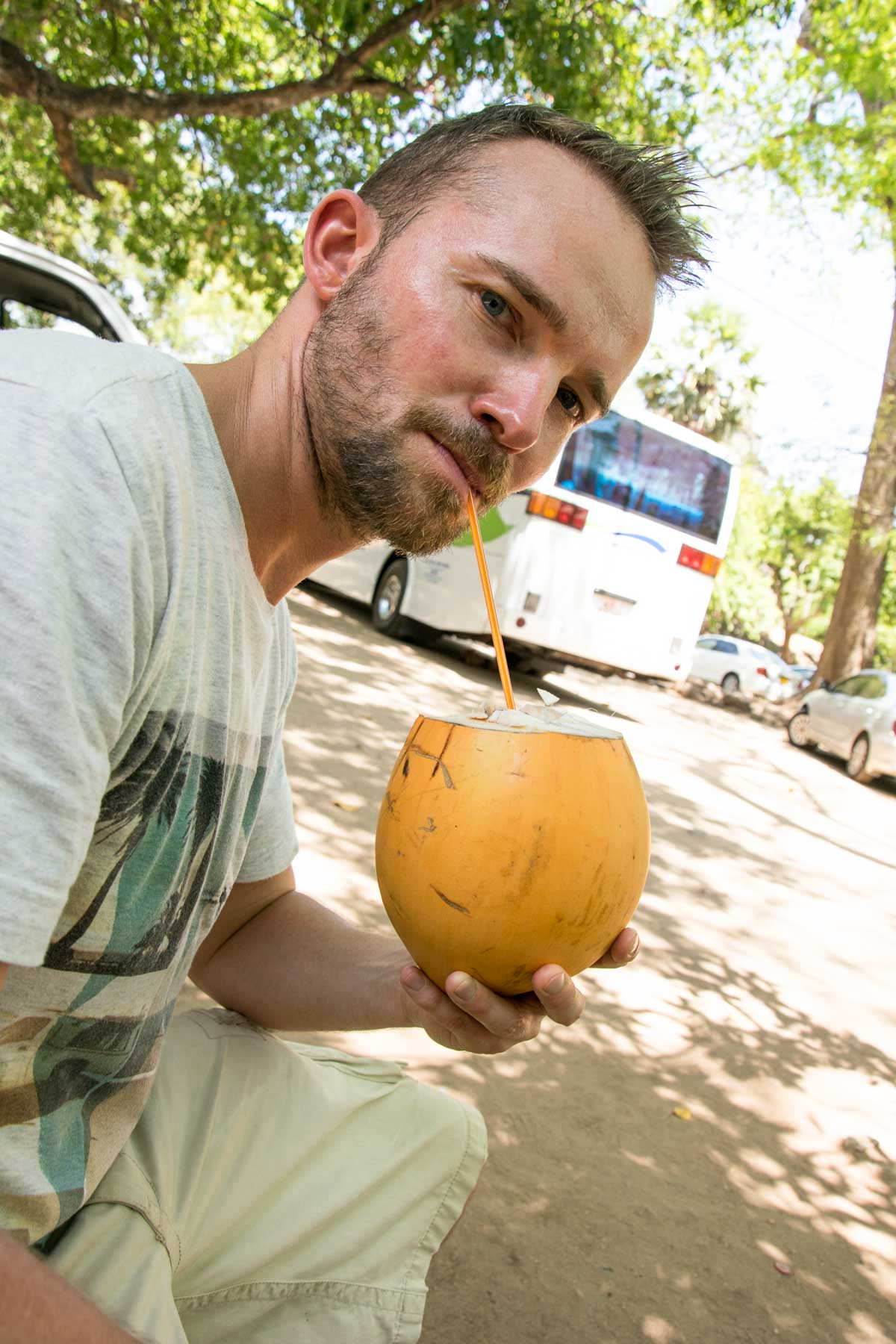 sri-lanka-king-coconut-getränk