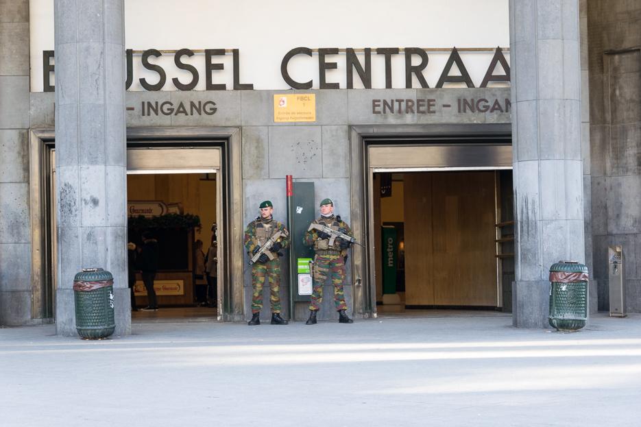 bruessel nach terroranschlaegen bahnhof militaer