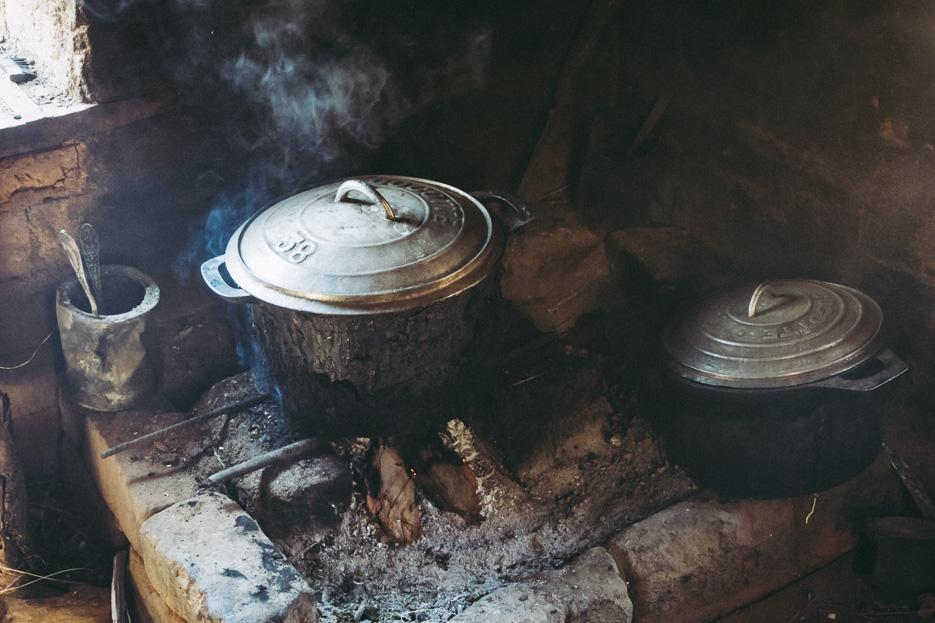 madagaskar merina dorf haus küche topf