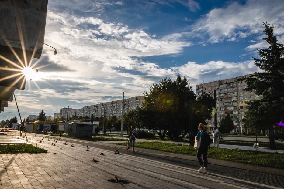 lviv lemberg sowjetarchitektur streetphotography ukraine