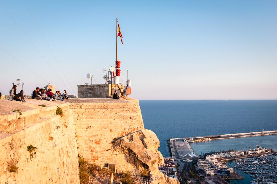 alicante spanien tipps sehenswürdigkeiten castillo santa barbara yachthafen aussicht