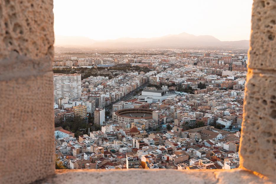 Alicante Ausblick Sehenswürdigkeiten Tipps castillo santa barbara sonnenuntergang