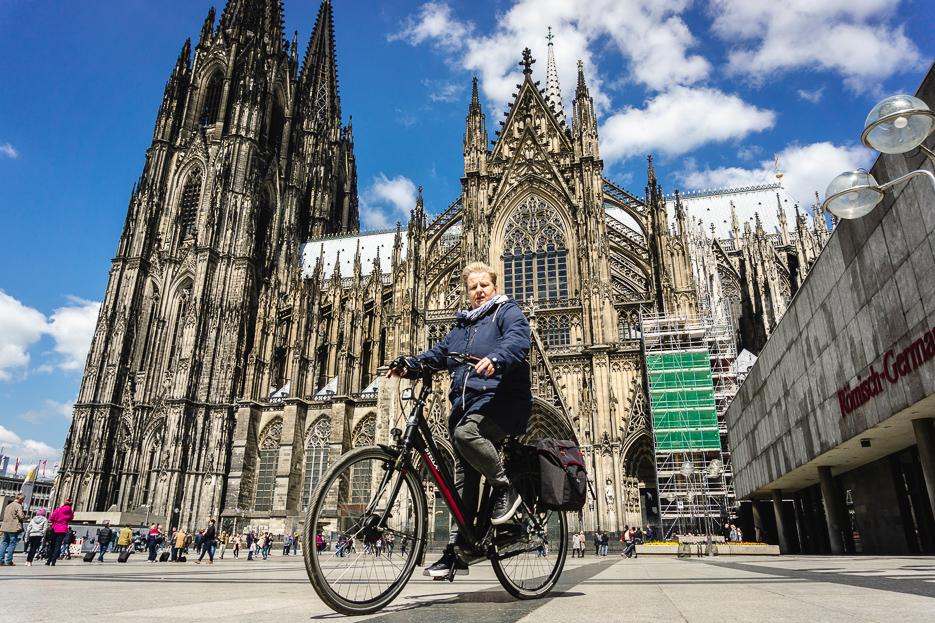 kölner dom fahrrad