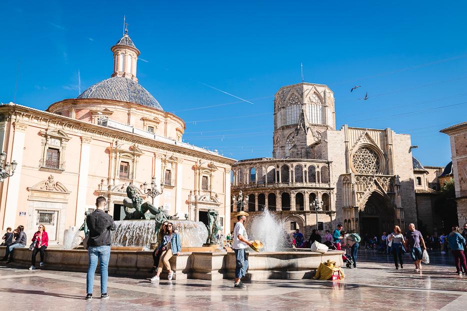valencia sehenswürdigkeiten plaza de la virgen